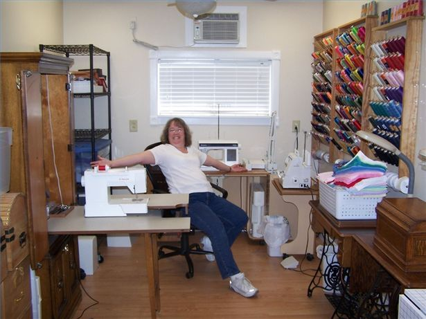 1000 images about sewing room design ideas on pinterest Sewing room designs