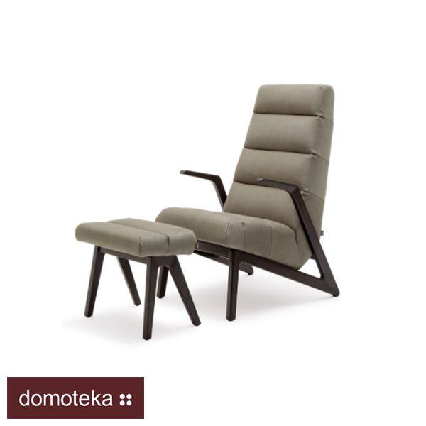 """""""Tak to można wypoczywać po całym dniu pracy :) Fotel z podnóżkiem Rolf Benz to drewniana podstawa, obicie w przyjemnej tkaninie i bez wątpienia ozdoba salonu.  Dostępny w salonie Asymetria Studio."""""""