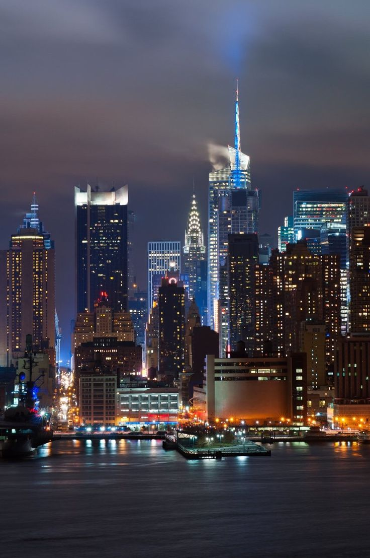 newyorkcityfeelings: Manhattan skyline from New Jersey at night by @lyonl_nyc #NewYorkCity