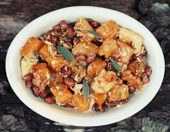 Запеканка из тыквы с фасолью и сыром