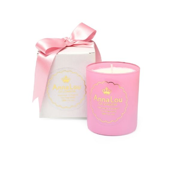 A refreshing blend of grapefruit, bergamot and lime which is Beautifully Uplifting. This clean, vibrant candle will energise your senses.Grapefruit's sweet and inviting fragrance is said to have a positive effect on the emotions, and is widely recognized as a natural anti-depressant. Bergamot has a refreshingly sweet citrus aroma with warm spicy undertones which invigorate the spirit. Fruity and refreshing, limes have been a kitchen staple for centuries. Lime oil has a wonderfully uplifting…