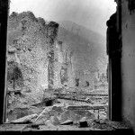 Monte Cassino monastero in rovina, Italia, 1944