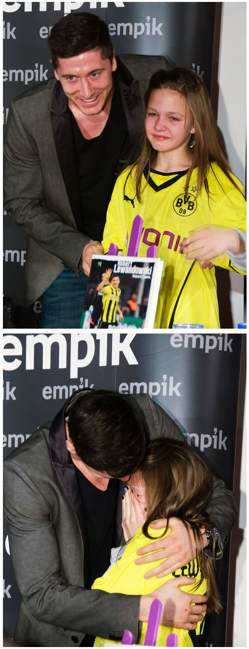 It all gets too much for this young Borussia Dortmund fan when she meets her idol, Robert Lewandowski.