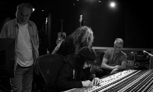 New music teaser from Mick Mars / John Corabi collaboration