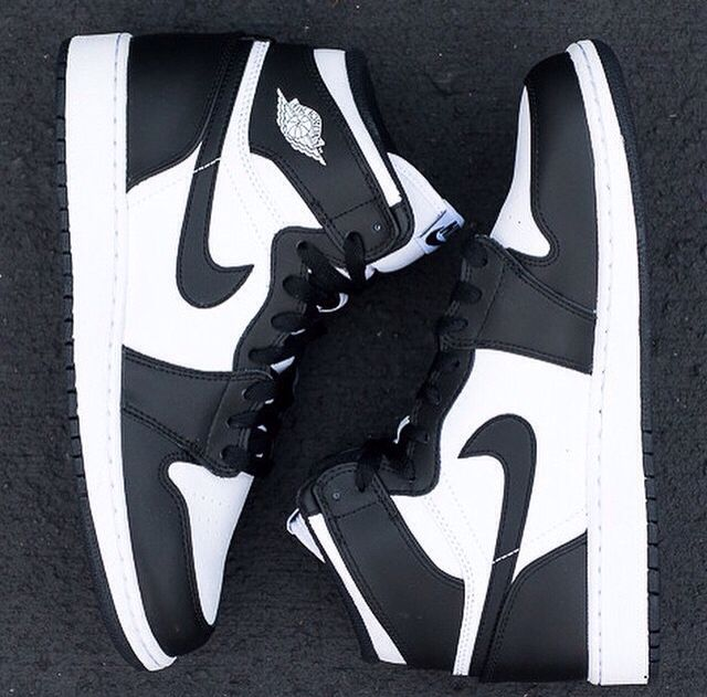 Nike Air Jordan 1 Black&White