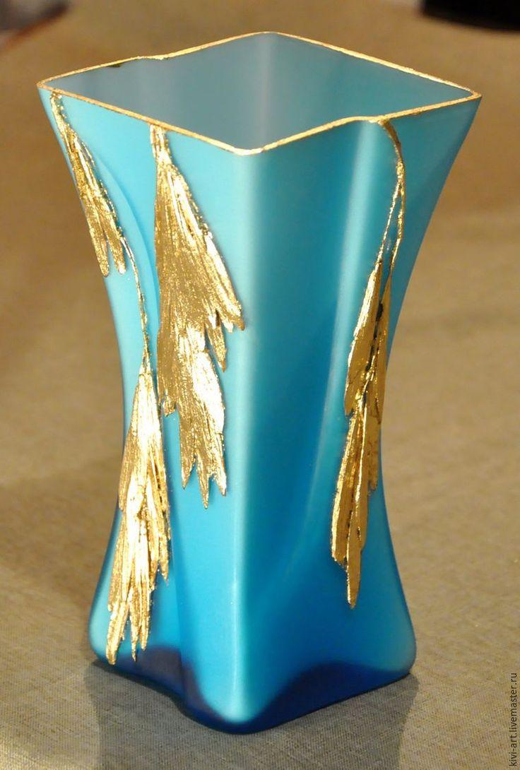 Сегодня я предлагаю совсем несложный, но очень эффектный декор стеклянной вазы и не только. Несколько слов о том, как появилась идея сделать подобное оформление. Сейчас, когда не появилась ещё на деревьях листва, очень хорошо видны их силуэты, которыми я не устаю любоваться. Каждое дерево я внимательно рассматриваю и изучаю. Вот так мне на глаза попалось небольшое деревце с необыкновенно…