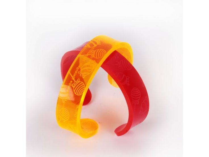 http://www.maketank.it/it/bangle-one-bracciale-candy.html