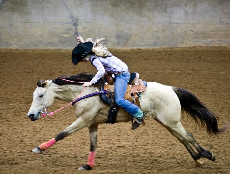 For you barrel racers that like to whip your horse as hard a you can cause you think they will go faster, let me whip you and see if you want to run as fast as you can. If your feet are that far back and your head is tucked like that you are focused to much on whipping your horse bad positioning...