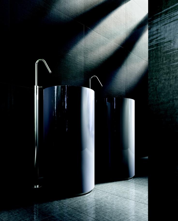 "Makro Bathroom Concepts:  ""UNIT -colonna filo pav - vetro prada"""
