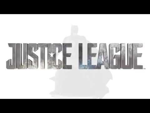 Justice League Movie: Batman Tactical Suit Statue - 360 Video -- Collect DC's legendary heroes from the film Justice League! This Tactical Suit Batman Statue features actor, Ben Affleck, as the Dark Knight. Designers showcase the superhero's intricate armor and capture the actor's likeness in polyresin. | DC