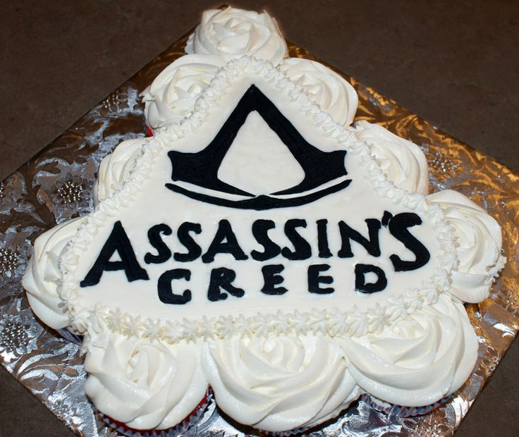 Cake Design Assassin S Creed : 79 best Party Time images on Pinterest