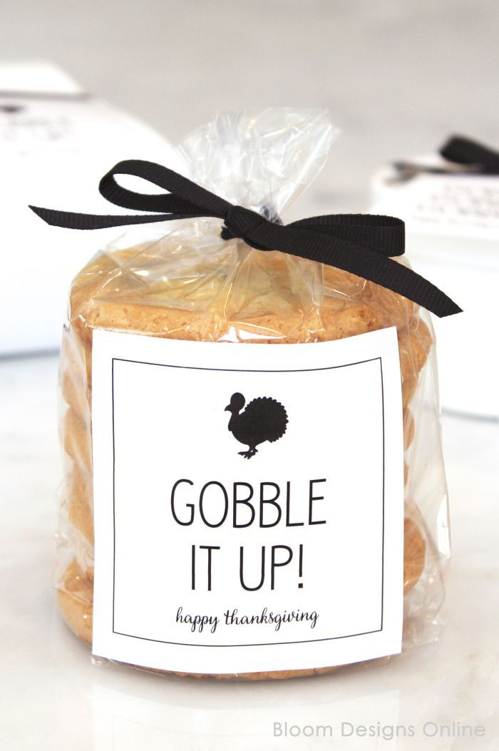 Free GOBBLE GOBBLE GOBBLE printable for Thanksgiving leftovers and more from Bloom Designs