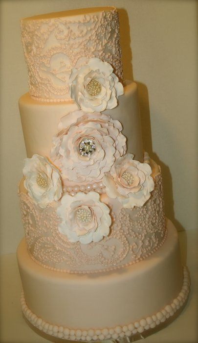 bling out wedding cakes 36 best lock them in cake images on cakes 11922