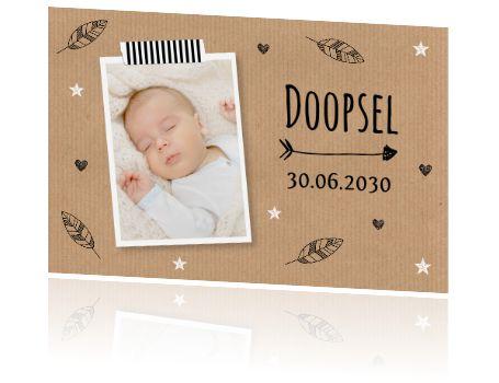 Mooie doopfeest uitnodiging met eigen foto en kraftprint.