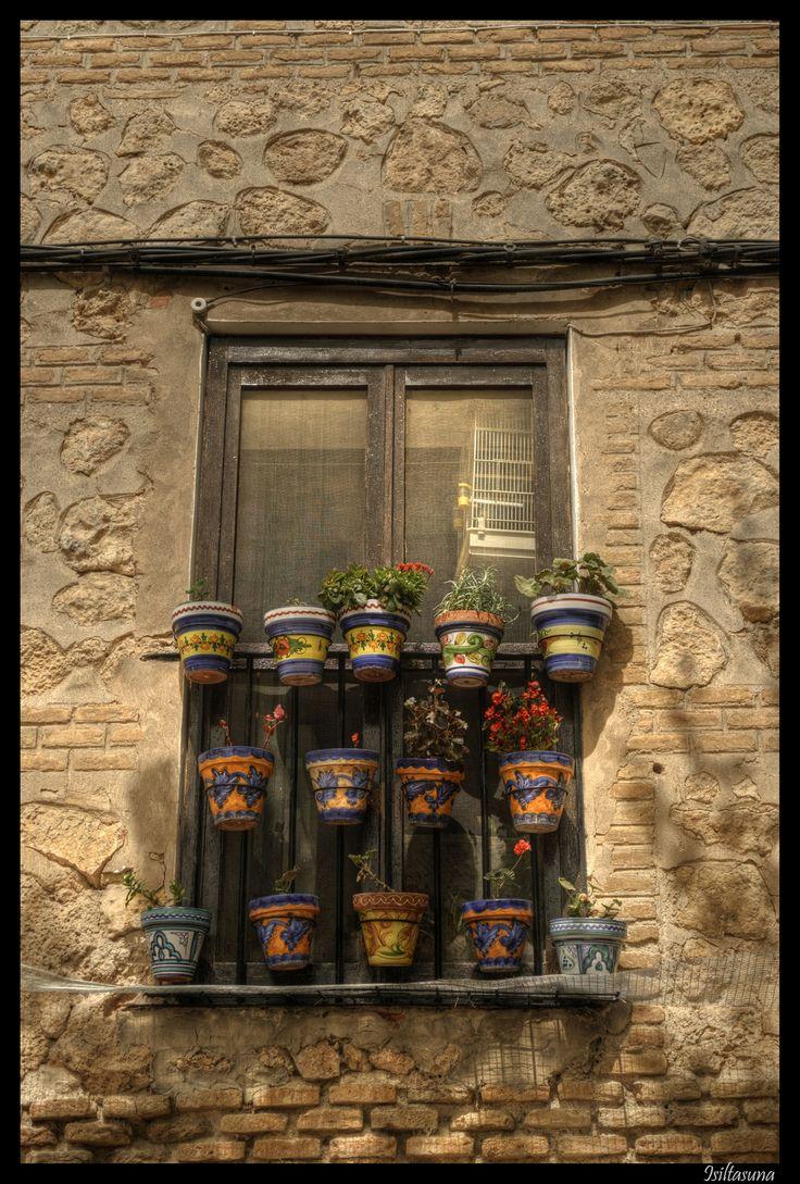 Tiestos en Boja/ Flowerpots in Borja (Zaragoza)