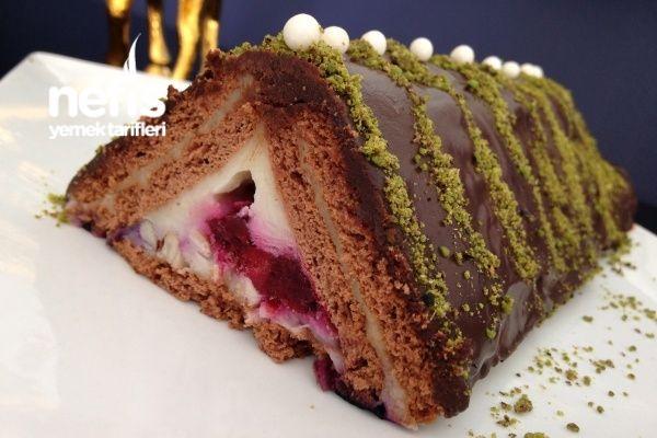 Bisküvili Meyveli Piramit Pasta....♥ Deniz ♥