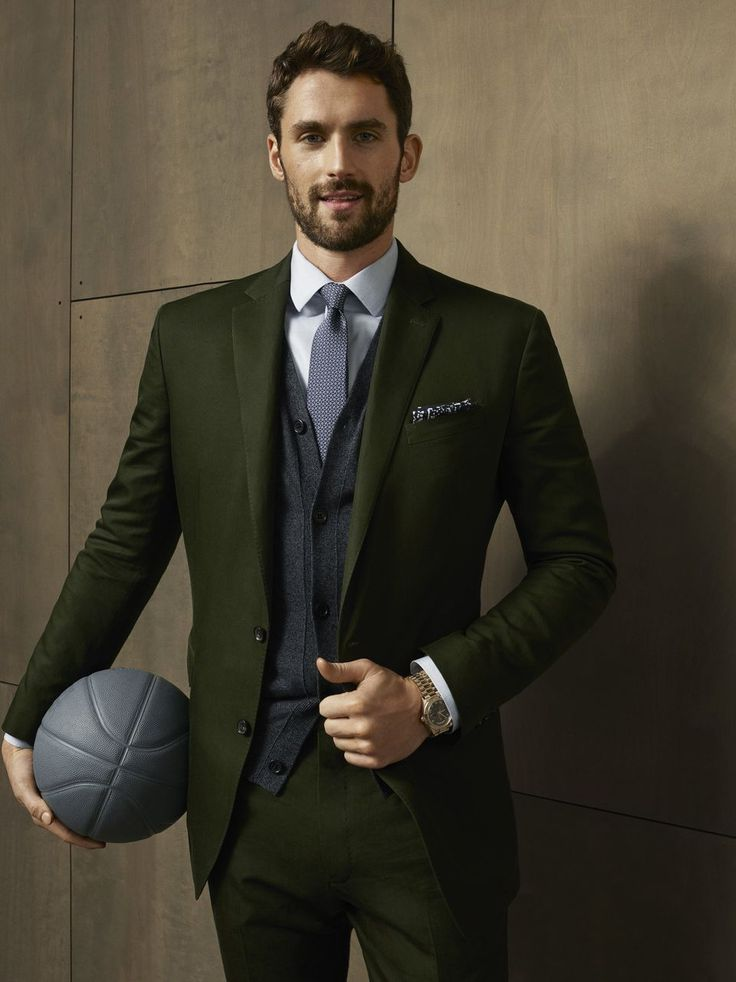 Kevin Love wants to sell you Banana Republic pants and Saxx underwear | cleveland.com