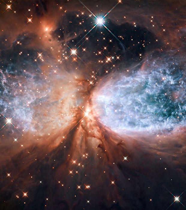La nébuleuse bipolaire S106 située dans la Constellation du Cygne                                                                                                                                                                                 Plus