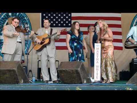 Rhonda Vincent and daughters - When the Bloom is Off the Rose-wem