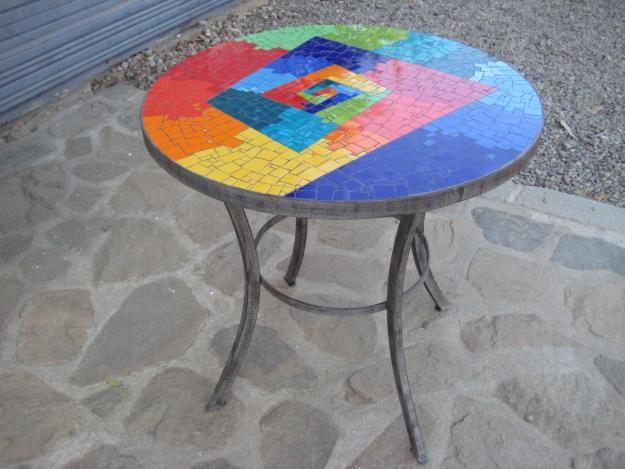 Mesa mosaico                                                                                                                                                                                 Más
