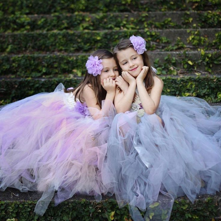 So much tulle, these are perfect for flower girl gowns, birthdays and holy communions. All orders have a three week turn around with each dress handmade to the measurements you provide. Message via Insta or email at ivieandletty@outlook.com for all enquiries. . . Thankyou you to @angiebranchphotography @angiebranchphoto_family for these stunning photos and models. If you are looking for a wedding photographer be sure to check her pages out @angiebranchphotography #weddingphotography…