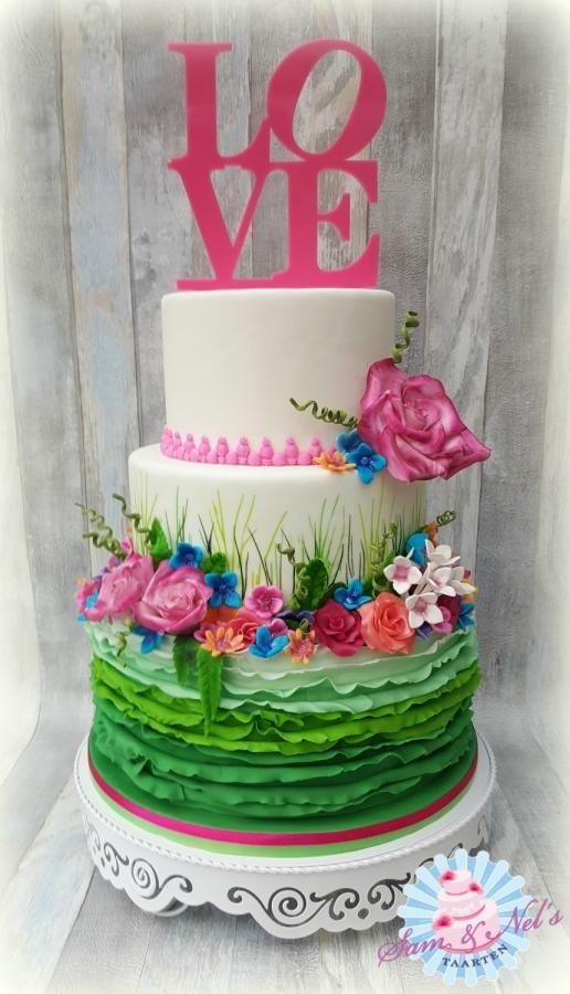 Spring Weddingcake - Cake by Sam & Nel's Taarten
