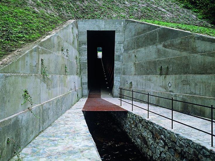 Pedestrian Tunnel in Prague | DETAIL inspiration