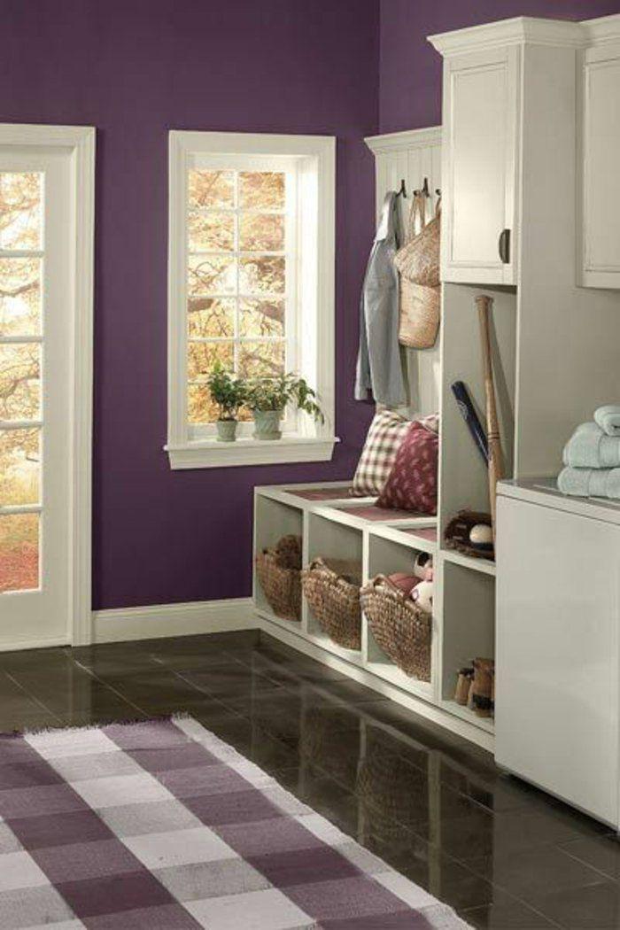 prune couleur pour les murs dans l'entree