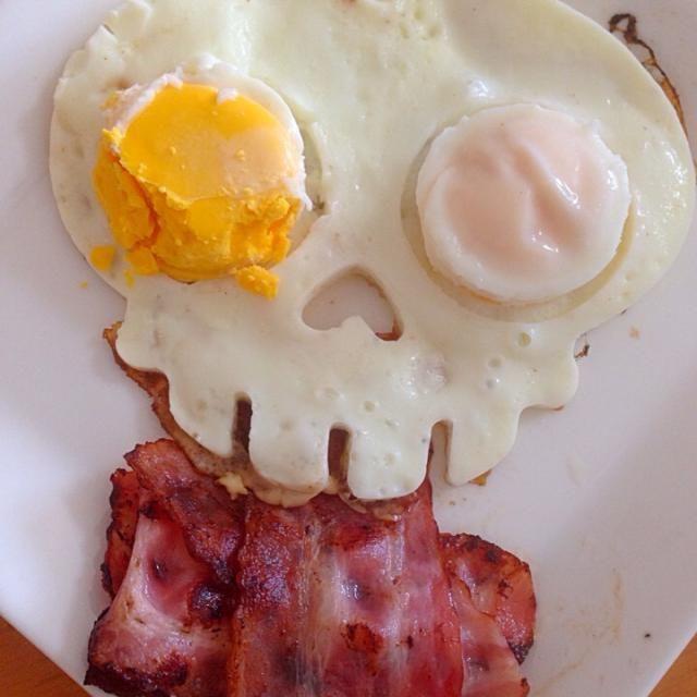 目玉が割れちゃった - 35件のもぐもぐ - 今日の朝食 by 酩酊親父