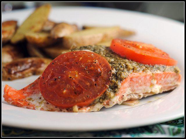 Foil baked basil pesto salmon