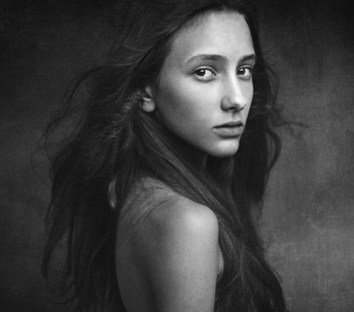 """*** by Dmitry Ageev Extrait de """"Portrait photography by Asif Aleem"""""""