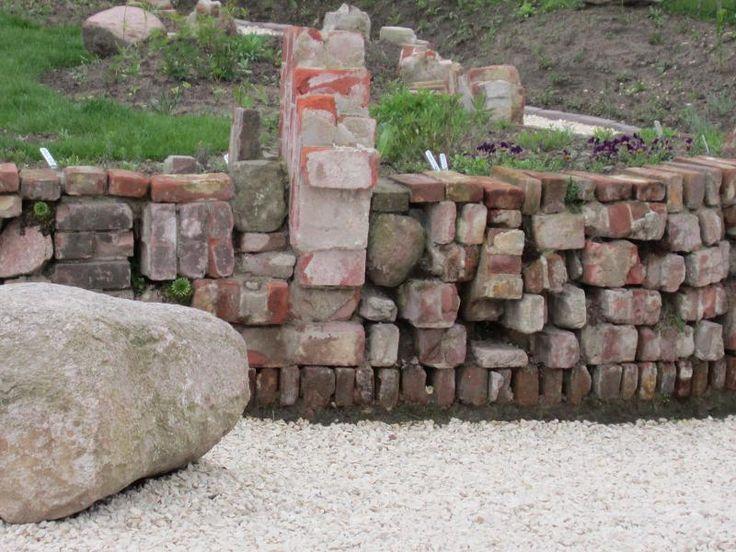Beeteinfassung stein beeteinfassung steine setzen garten for Ideen beetgestaltung