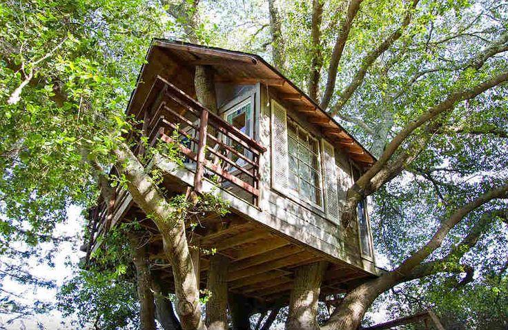 O Airbnb é a maior plataforma de hospedagem alternativa do mundo. No site, você pode filtrar seus resultados escolhendo o tipo de acomodação que procura. A