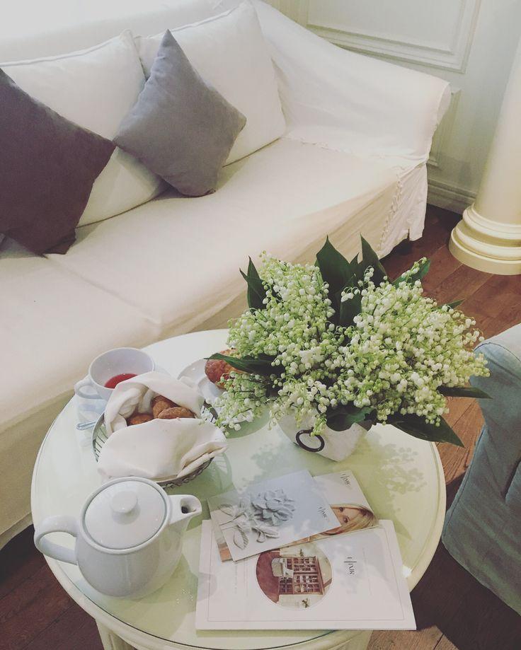 Ваш идеальный день начинается в СПА! Тепло и уютно за чашечкой чая и самой вкусной выпечкой в Киеве от @voguecafekiev . #elixirspadeluxe_fairmont #voguecafekiev #fairmontgrandhotelkyiv #fairmonthotel #beautymorning #teasty #beautyday #spa #elixirdayspa #всегдавамрады