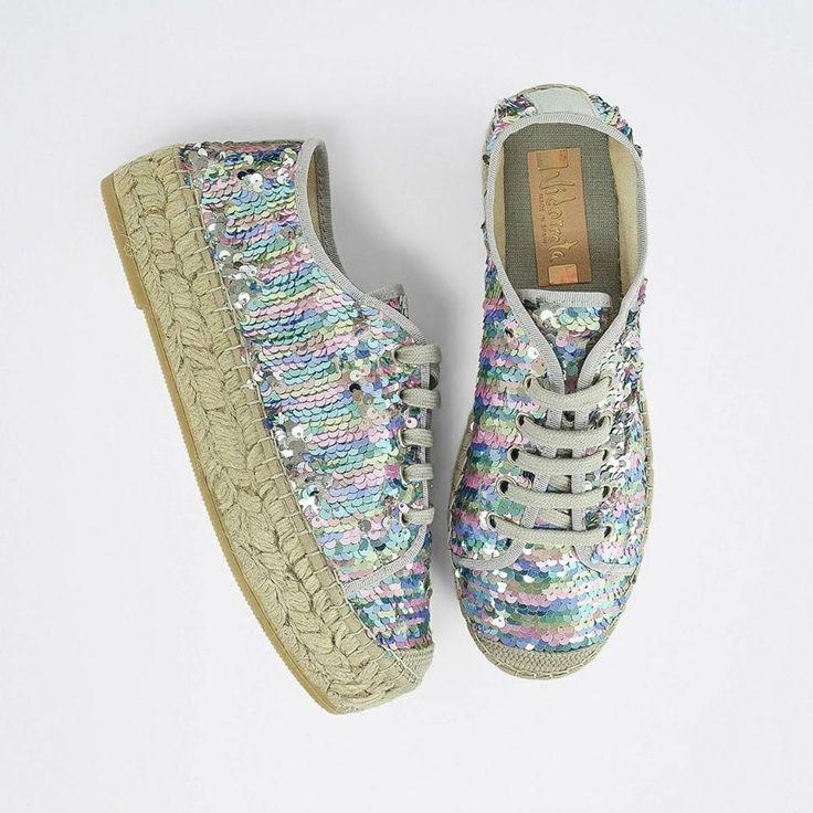 Espadrillas #Vidorreta ☀️ ora in #SALDI su ➡️ RicciShop.it ・・・ #sale #vidorretaSS17 #alpargatas #madeinspain #espadrilles #shoes #scarpe #newcollection #summer2017 #summermood #shoponline #riccishop #italy