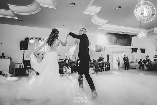 Roxana & Daniel - Wedding Dance by www.FirstDanceStudio.ro  Photo by www.imagia.ro