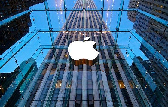 Apple Inc. è un'azienda informatica statunitense che produce sistemi operativi, computer e dispositivi multimediali con sede a Cupertino, California. E' probabilmente una delle più note e incisive aziende del mondo. Con svariati record di vendita è senza dubbio una società leader del settore. L'azienda venne fondata nel 1976 da Steve Jobs, Steve Wozniak e Ronald…