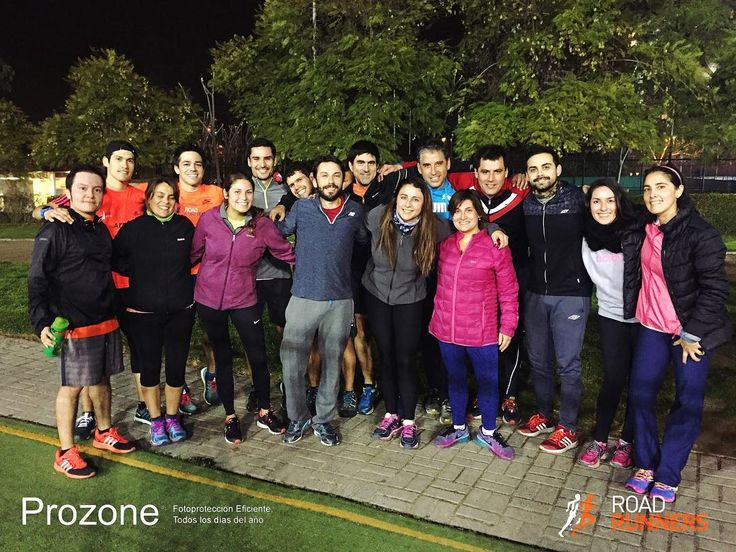 Comenzamos la semana con un gran entrenamiento de pista #Lumi #Latam #Runners #Prozone #RoadRunnersChile