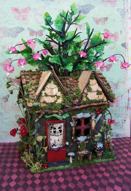Día 19 Miniaturas Obras en Ejecución: Sold-La Casa miniatura de los corazones sangrantes desde el reino de las hadas, completadas