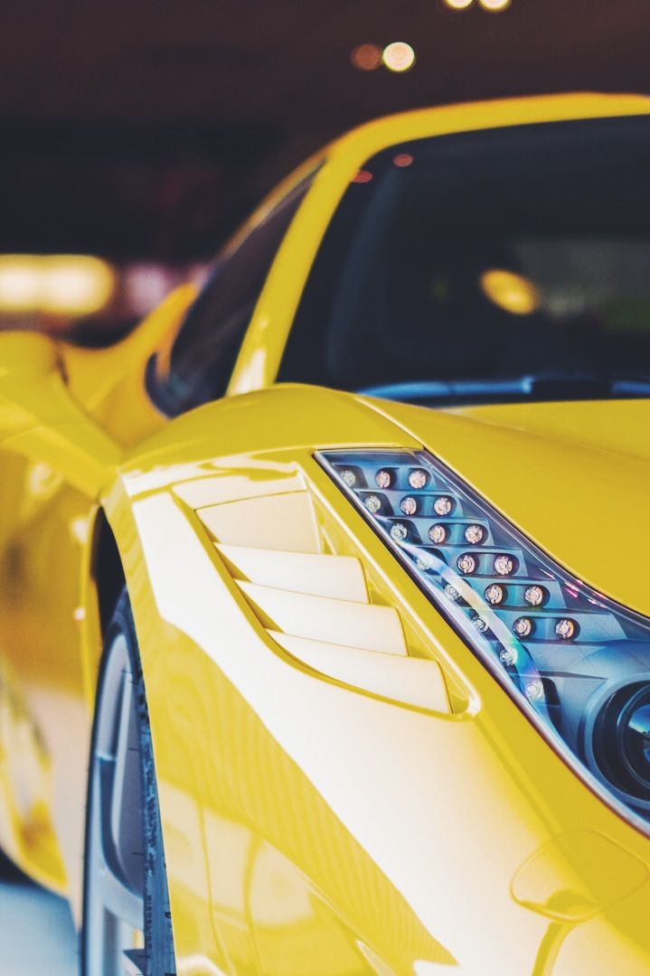 millionaires fashion  u2014 ferrari 458 couleur jaune  de quoi mettre du