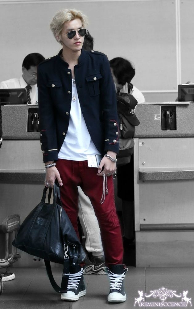 This Man And His Style Omg Can 39 T Handle It Asian 2 Pinterest Airport Fashion Exo And Cas