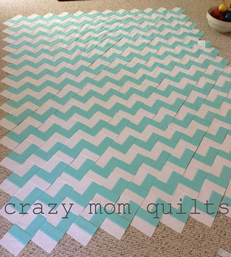 crazy mom quilts zig zag chevron quilt made with jelly rolls with link to moda's free pattern