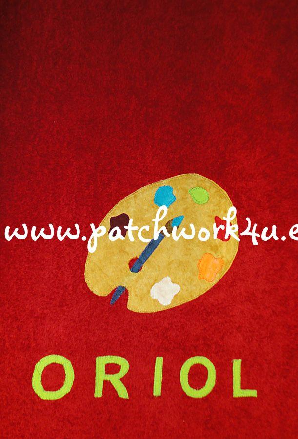 Si estáis buscando regalos personalizados y originales en #Patchwork4U los podéis encontrar, como por ejemplo este regalo tan original que se le hizo a Oriol, una toalla de baño con su nombre y sus aficiones. Oriol es un niño de 11 años que le encanta dibujar y pintar y su color preferido es el rojo.  A Oriol le encantó esta toalla.  Si quieres hacer un hacer un regalo divertido, original y personalizado, no esperes más y visita nuestra web: www.patchwork4u.es ¡¡Te esperamos!!