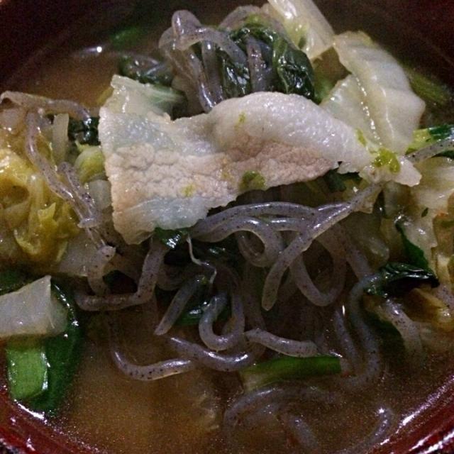 お出しでコトコト炊きました‼︎ - 42件のもぐもぐ - 豚バラと糸こんにゃくの冬野菜スープ‼︎ by giacometti1901