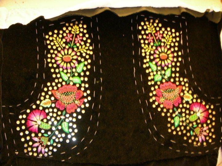 Corittu femminile costume tradizionale Bonorva. Particolare davanti