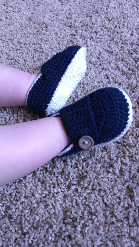 Handmade Crochet Knit Navy White Soles Newborn by XanaduDreams, $22.00
