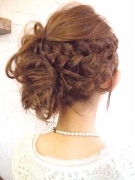 恵比寿にあるヘアサロン 『sulir hair and nail design』 編みこみアップで上品に◎ スタイル詳細http://beauty.hotpepper.jp/slnH000036129/style/L000646335.html?cstt=23
