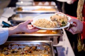 Buffet libre: tres consejos para comer sin engordar | EROSKI CONSUMER