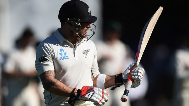 Brendon McCullum lights up Hagley Oval with world record test century | Stuff.co.nz