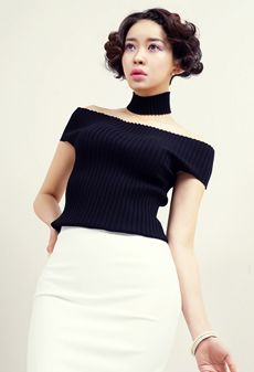 www.rarashop.co.kr   Take this top.  You're Awesome.   - from. RARASHOP